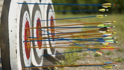 Image: Arrows on a target (archery)