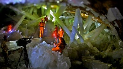 Images: People in Giant Crystal Cave